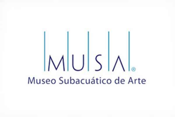isla-mujeres-dive-underwater-museum1