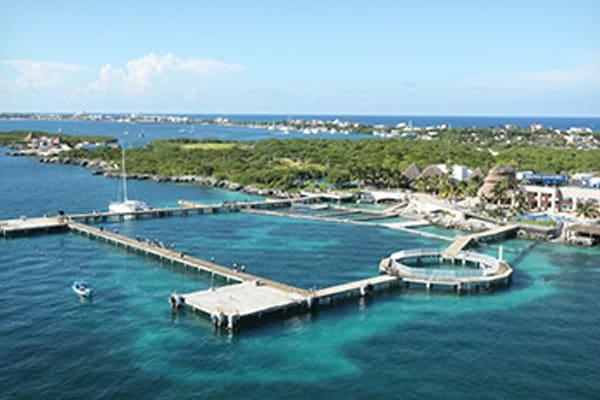 isla-mujeres-play-dolphine-experience1